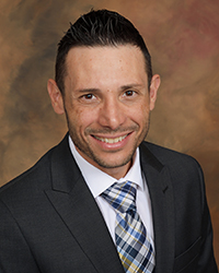 Ray Diaz, orthotic bilingual practitioner